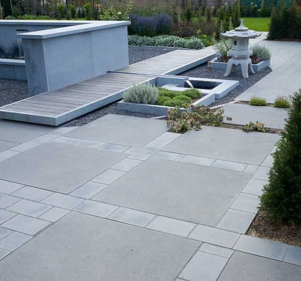 je veux construire une terrasse en pav b ton allmat. Black Bedroom Furniture Sets. Home Design Ideas